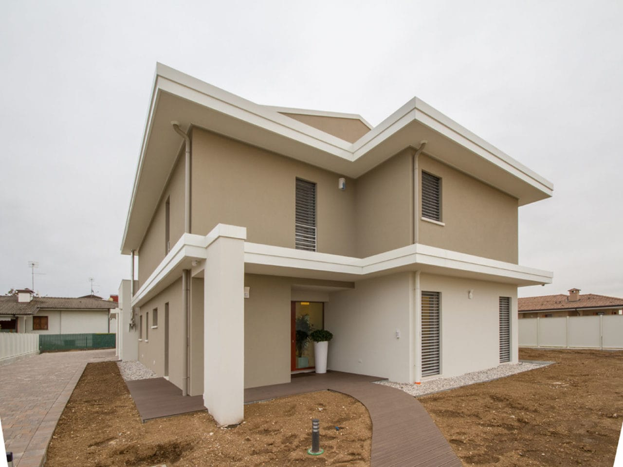 villa moderna a tavagnacco in X-Lam