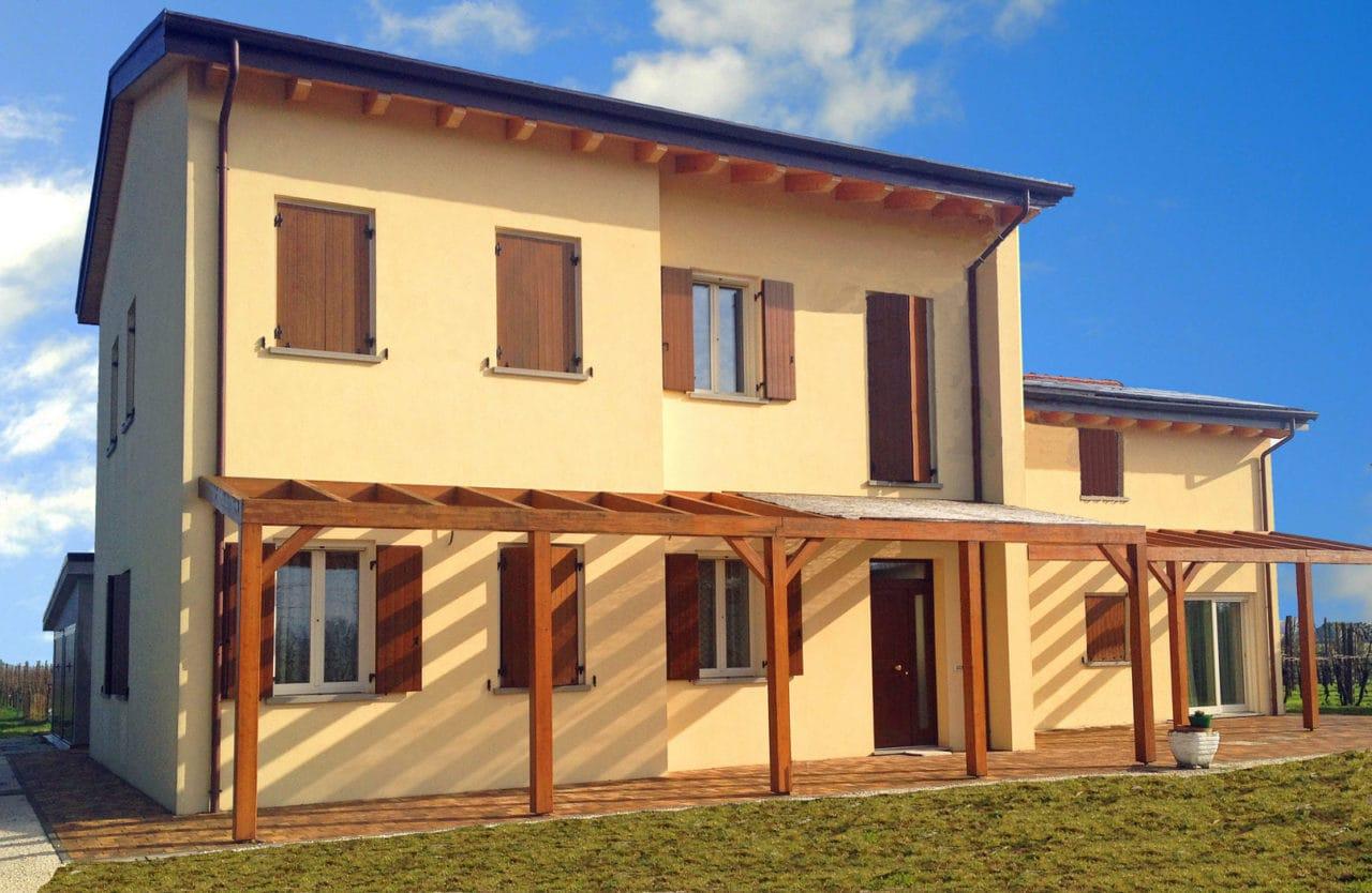 Villa colonica a Lugo (RA)